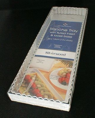 Silverwood Rectangular Plain Quiche With Fluted Insert, 4.7 x 14 in.