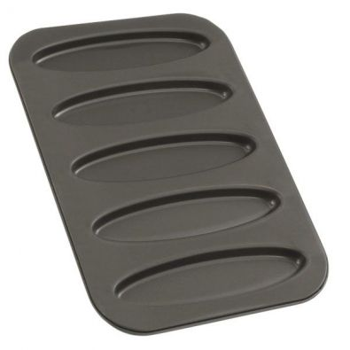 Zenker Nonstick La Gondola Baking Tray With Oval Cutter