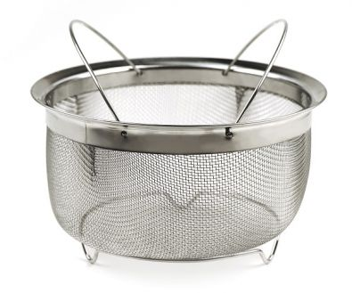 Endurance Mesh Basket with Folding Handles