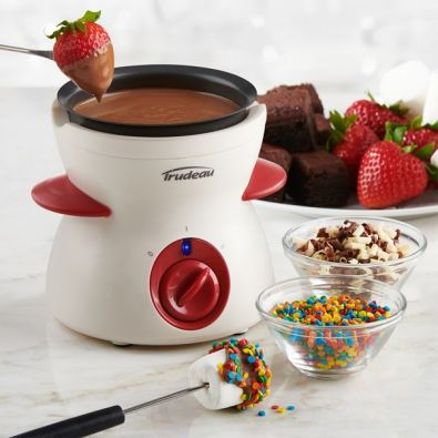 Trudeau Electric Chocolate Fondue Set
