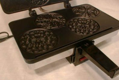 CucinaPro Electric Piccolo Pizzelle Iron, Nonstick