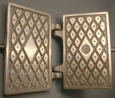 Fante's Rectangular Stovetop Pizzelle Maker
